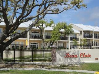 2 bedroom / 2-1/2 bath townhome condo with Beach View! - Mississippi vacation rentals