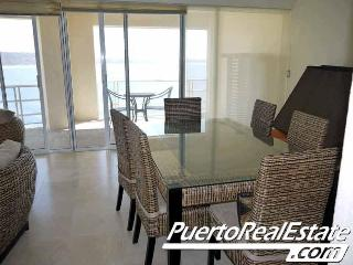 Le Blon - Luxury 2 BR apt overlooking beach - Puerto Escondido vacation rentals