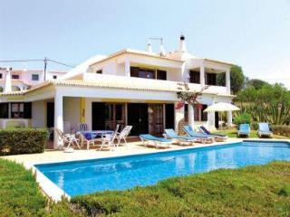 Comfortable Villa with great panoramic sea views - Albufeira vacation rentals
