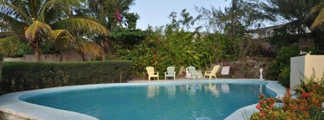 PARADISE PSC - 102019 - TRANQUIL | PEACEFUL | 3 BED | BEACHFRONT VILLA WITH POOL - RUNAWAY BAY - Image 1 - Runaway Bay - rentals