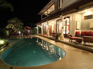 Villa Padi Karo: 3 Suite Villa with Private Pool - Bali vacation rentals