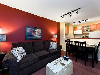 100 Glaciers Reach this 1br home has a hot tub & pool in Whistler Village - Whistler vacation rentals