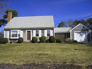 Lovely Harwich Home Near Red River Beach (1083) - Cape Cod vacation rentals
