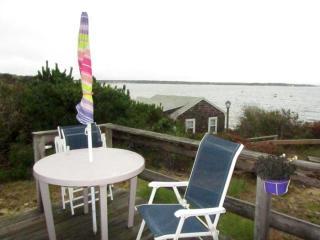 Cozy Cottage Overlooking Private Beach (1445) - Wellfleet vacation rentals