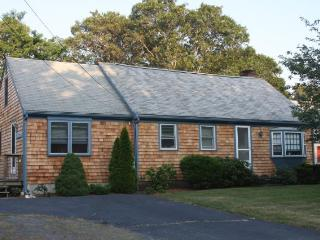 Great 3 BR has it all near Harwich Ponds - Harwich vacation rentals