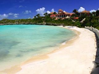 Luxury 6 bedroom Providenciales villa. Privacy with elevated ocean views! - Providenciales vacation rentals