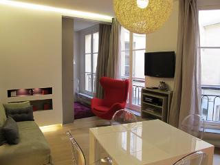 Modern 2 Bedroom Apartment in Paris - Paris vacation rentals