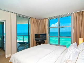 SUMMER SPECIALS! Direct Ocean Front w/ Balcony - Sunny Isles Beach vacation rentals