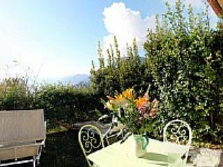 Casa Ilnira D - Nocelle vacation rentals