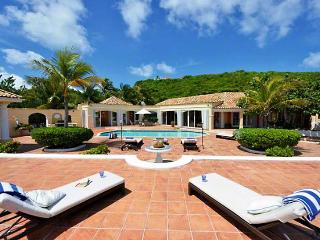 St. Martin Villa 64 Enjoy The Unobstructed View Of The Blue Caribbean And The Island Of Anguilla On The Horizon. - Baie Rouge vacation rentals