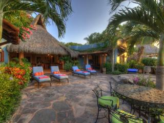 Casa Celeste, Mexican oceanfront 4 bedroom villa - Platanitos vacation rentals
