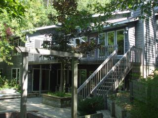 Beautiful House with Deck and Hot Tub - Falmouth vacation rentals