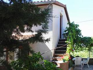 1 bedroom Condo with Private Fishing in Krnica - Krnica vacation rentals