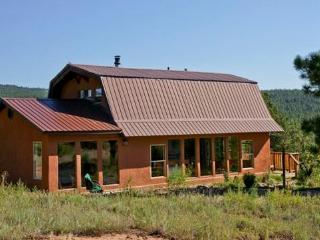 Mountain Retreat Minutes from Santa Fe - Santa Fe vacation rentals
