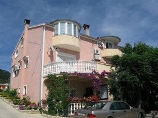 Nice 1 bedroom Barbat na Rabu Apartment with A/C - Barbat na Rabu vacation rentals