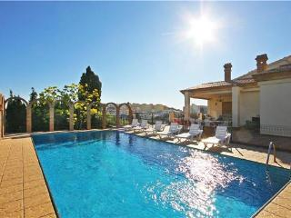 7 bedroom Villa with Internet Access in Calpe - Calpe vacation rentals
