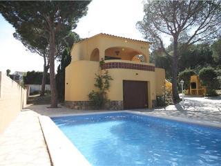 3 bedroom Villa in Puig Sec, L Escala, Costa Brava, Spain : ref 2062202 - L'Escala vacation rentals