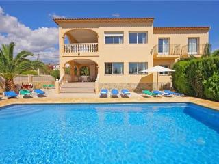 8 bedroom Villa in Calpe, Costa Blanca, Spain : ref 2068165 - Calpe vacation rentals