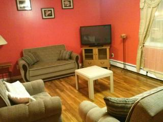 3 bedroom 15 MIN to NYC sleeps 10 - Maplewood vacation rentals