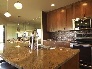 Stylish Wapato Point Halmalka Townhouse Condo #512B with Sweeping Lake Views - Manson vacation rentals