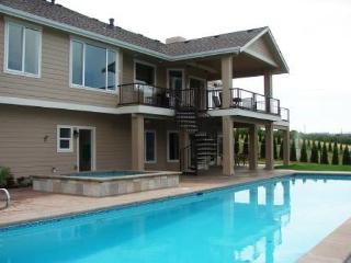 Summit Pool House: Newly-Built and Equipped for Year-Round Fun - North Cascades Area vacation rentals