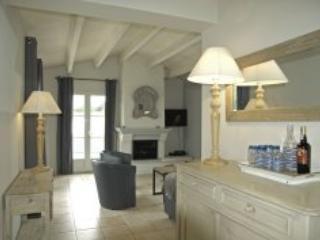 Villa Cecilia - Le Bois Plage - Image 1 - Ile-de-France (Paris Region) - rentals