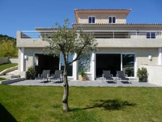 Corse Luxe - Sari-Solenzara vacation rentals