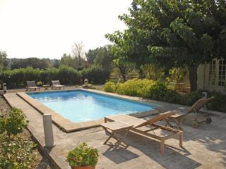 Fontvieille PR1187 - Paradou vacation rentals
