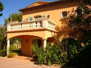 Perfect House with Internet Access and A/C - Ramatuelle vacation rentals