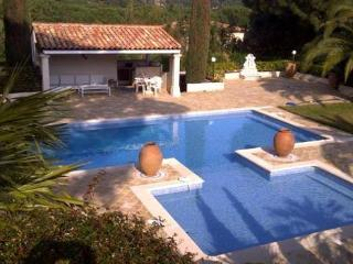 Les Moulins Lovely 6 Bedroom Vacation House, St Tropez - Ramatuelle vacation rentals