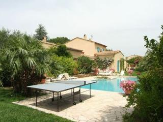 Wonderful 4 Bedroom Villa in Saint Tropez, with a Pool - Saint-Tropez vacation rentals
