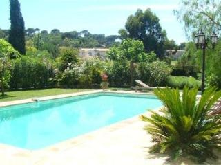 Nice House with Internet Access and Television - Saint-Tropez vacation rentals