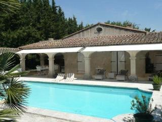 Fantastic St Tropez 4 Bedroom House with a Pool and Garden - Saint-Tropez vacation rentals