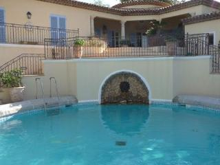 4 Bedroom Saint Tropez Holiday Rental with a Pool - Saint-Tropez vacation rentals