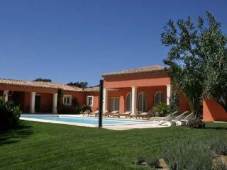 Perfect House with Internet Access and Television - Grimaud vacation rentals