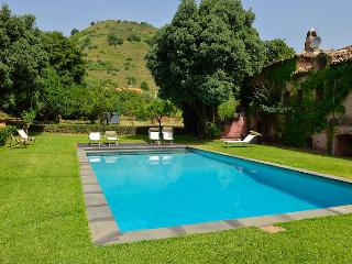6 bedroom House with Private Outdoor Pool in Acireale - Acireale vacation rentals