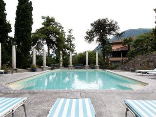 Bright 10 bedroom House in Santa Maria di San Siro with Private Outdoor Pool - Santa Maria di San Siro vacation rentals