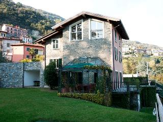 4 bedroom House with Private Outdoor Pool in Plesio - Plesio vacation rentals