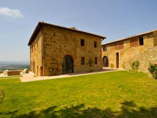 8 bedroom House with Private Outdoor Pool in Barberino Val d'Elsa - Barberino Val d'Elsa vacation rentals