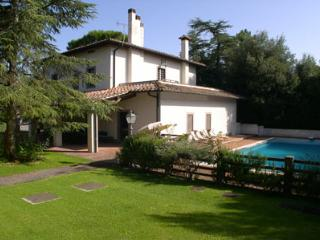 Charming 8 bedroom Montaione House with Private Outdoor Pool - Montaione vacation rentals