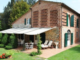 5 bedroom House with Private Outdoor Pool in Capannori - Capannori vacation rentals