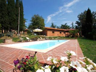 Perfect 2 bedroom Vacation Rental in Cortona - Cortona vacation rentals