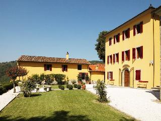 5 bedroom House with Private Outdoor Pool in Massa e Cozzile - Massa e Cozzile vacation rentals