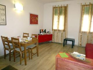 Very Nice 1 Bedroom Apartment Rental in Central Florence - Florence vacation rentals
