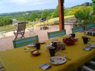 Le Foursou chambres d'hotes/  Bed and Breakfast - Le Bourg vacation rentals
