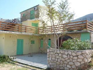 Apartments Cajner Pag - Ap3 (A2+2) - Pag vacation rentals