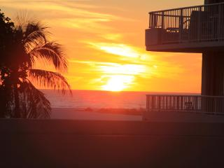 BEACHFRONT WING UNIT, Monthly Rentals - Marco Island vacation rentals