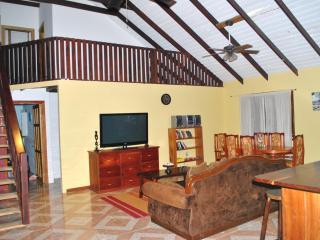 Village View Rental Placencia