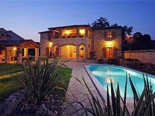 4 bedroom Villa in Baderna, Istria, Baderna, Croatia : ref 2373641 - Baderna vacation rentals