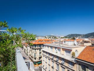 Place Massena Terrace Apartment - Nice vacation rentals
